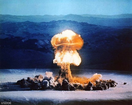 atomic-explosion-4.jpg