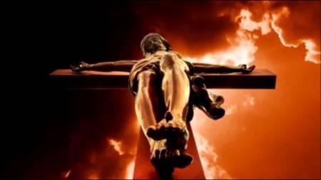 Jesus_crucificado_visao_pe_da_cruz