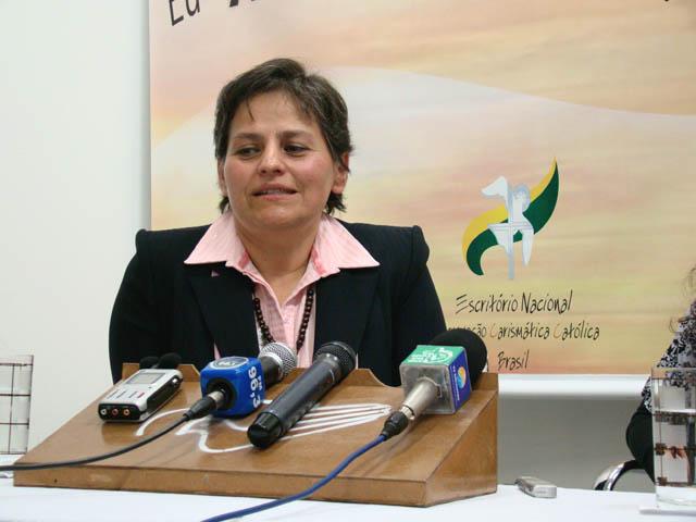 Dr. Glória Polo no Congresso Nacional RCC - 2009
