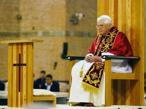 Bento XVI celebra Santa Missa em Aparecida - Brasil