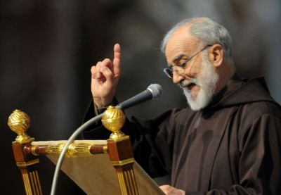 VATICAN-EASTER-POPE-LORD-PASSION-CANTALAMESSA