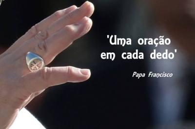 Orasao_Dedos_Papa_Francisco