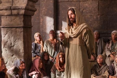 Jesus_ensinando_sinagoga_1800x1200