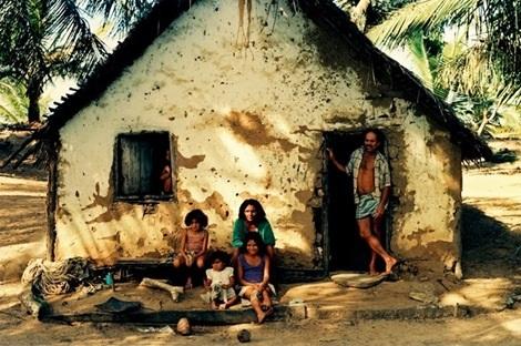 Casebre_familia_pobre